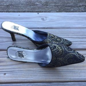 Black and Gold Paisley Tapestry holiday heels